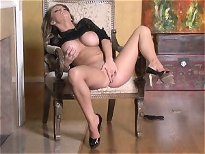 torrid Jenna Presley frolicking with her yummy pink raw snatch until she pops