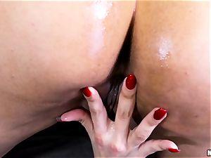 super hot mummy Mercedes Carrera gets a anal invasion intrusion