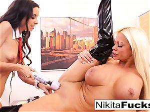 Nikita's girly-girl office shag