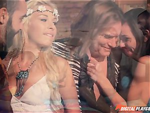 Hippy 4 way with Aidra Fox and Carmen Caliente
