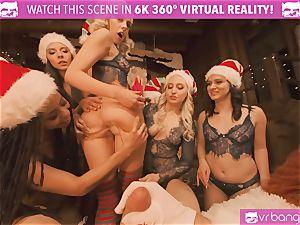 VRBangers Christams orgy With Eight wonderful Elves