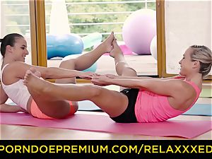 RELAXXXED lezzie Amirah Adara pounded on yoga class