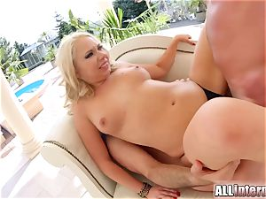 Allinternal blondie takes a yam-sized pipe in her taut caboose