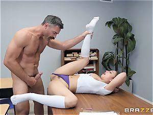 Marilyn palace pulverizing the teacher
