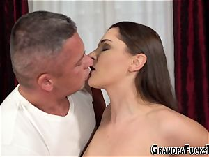 nubile analized by gramps