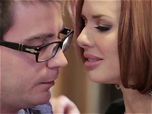 Mean mummy Veronica Avluv boinks her daughter's guy