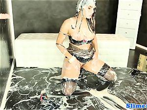 Valentina Nappi gets WAM with mass ejaculation jizm