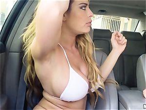 Corrina Blake supplies an in car thankyou ravage