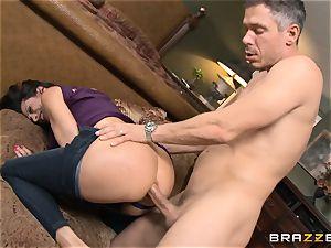 Ariella Ferrera gets forgiven with some ass-fuck sex