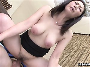 chinese wife got her fur covered honeypot plowed after a sixty nine