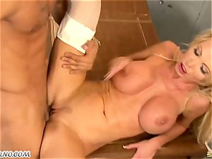 yam-sized knocker cougar dr. Nikki Benz takes a hefty sausage in the medical center