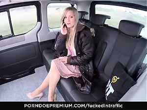 pulverized IN TRAFFIC - jism on ass for insane slim platinum-blonde