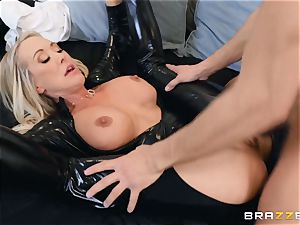 Brandi enjoy humped in her humid vagina