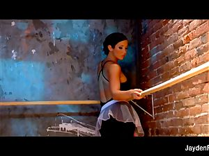 uber-sexy ballet lessons w Jayden Jaymes