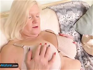 EuropeMature older nymphs Amy and Lacey toys solo