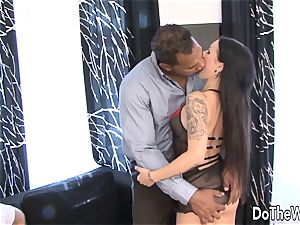 Trashy wifey plumbed by dark-hued in Front of husband