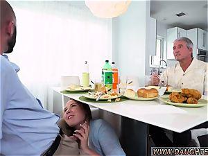 Deep gullet teen deep-throat job Alyssa Gets Her Way With dad s crony