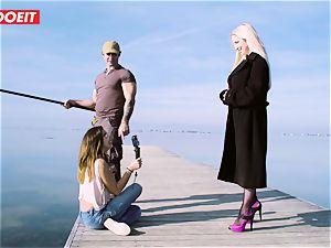 LETSDOEIT - blondie Thot pummeled rock-hard By the Beach
