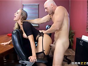 red-hot boss Nicole Aniston taking a giant shaft in the office