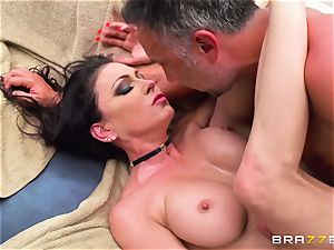 big-boobed rich girl Jessica Jaymes exploits her enslaved and takes his ginormous salami