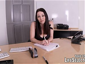 LifeSelector introduces: The masculine call girl