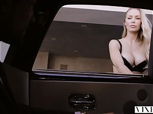 VIXEN Nicole Aniston Surprises Her bf With torrid fuck-fest