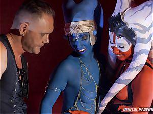 Aliens Eva Lovia and Aria Alexander take on rigid trouser snake