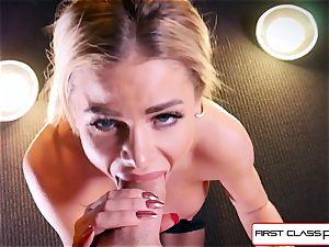 watch Jessa Rhodes taking a hefty hard-on down her mouth
