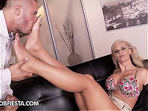 insatiable over Phoenix and her soles